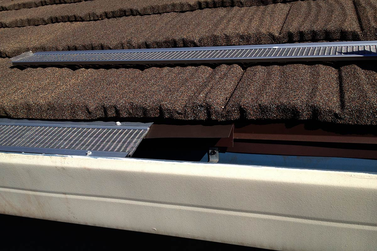Seamless Gutters With Gutterglove 174 All About Gutters And