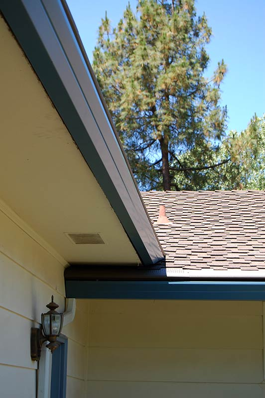 5 Quot Fascia Seamless Gutter All About Gutters And Awnings
